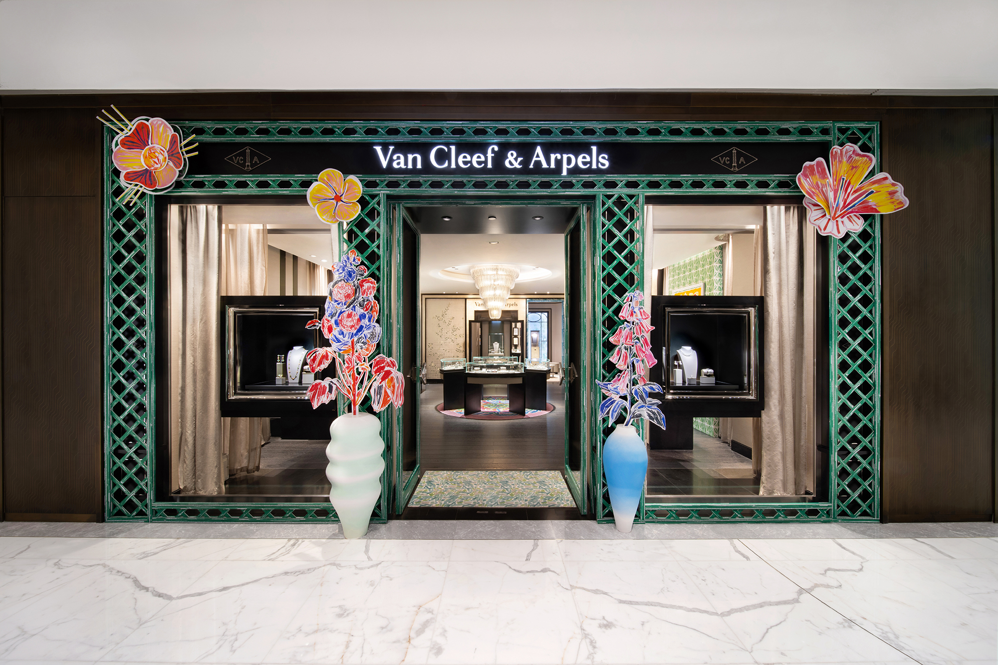 Van Cleef Spring Pop Up