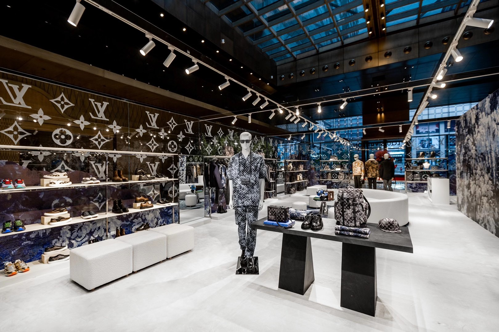 Louis Vuitton 2020 Men's Pre-Coll Pop Up Nov 13th – Dec 13th Harbin/Jinan/Xi'an – 3